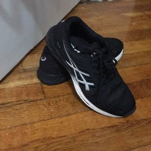 Black ASIC women's sneakers size 7 used